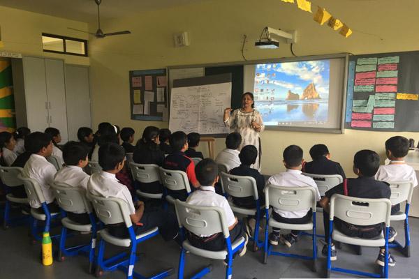 Lecture by Anuttama Madam