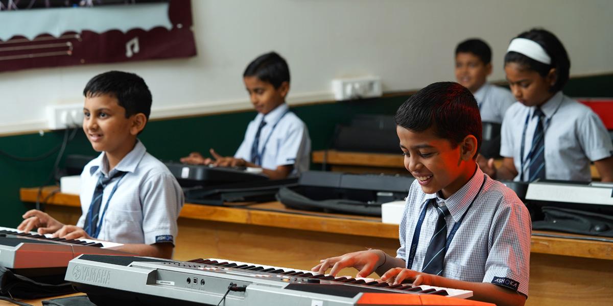 student playing keyboard